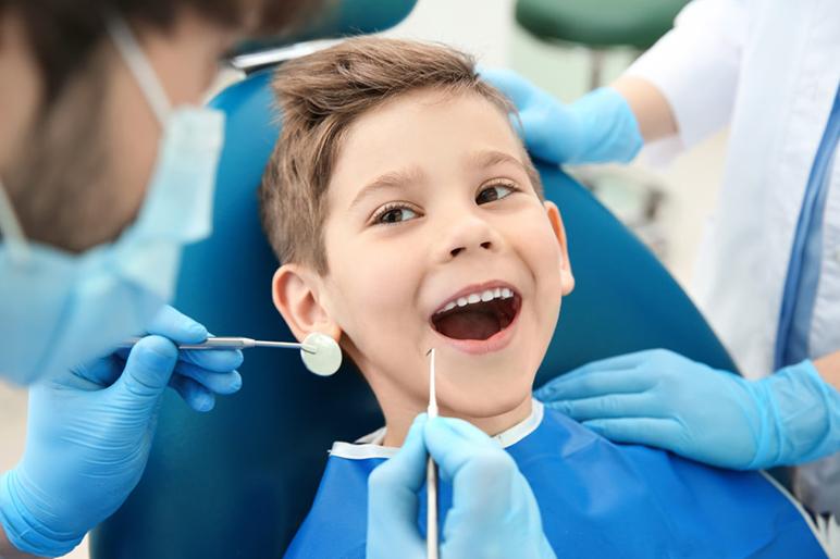bambini-e-dentista.jpg